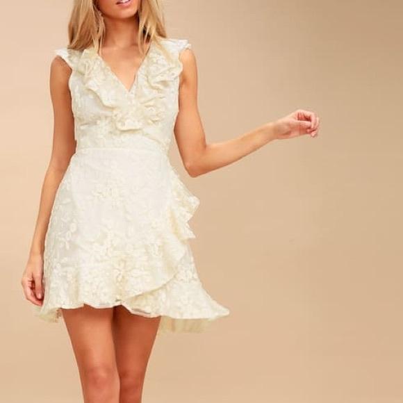 BB Dakota Dresses & Skirts - 🆕 BB Dakota Harlow Dress in Antique Ivory